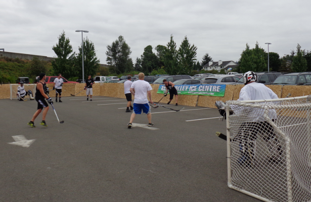 ShoWare Shootout Ball Hockey